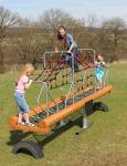 Hally-Gally Wippe Netzwippe mit Dach Profiwippe Spielplatzgerät Kletternetz
