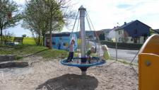 Hally-Gally Spogg Vogelnest-Karussell City-Version Drehkreisel Spielturm Huck