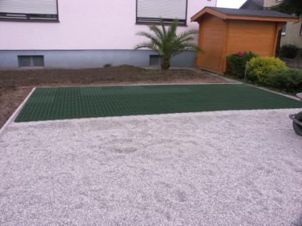 (ab 18, 96 EUR/qm) Rasenwabe 56 x 38 cm grün aus Kunststoff für Bodenbefestigung ohne Versiegelung von Hofeinfahrten, PKW-Stellplätzen und Carports - Vorschau 3