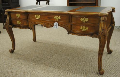 Formschöner Chippendale Schreibtisch Sekretär Mahagoni Farbe Pecan - Vorschau 1
