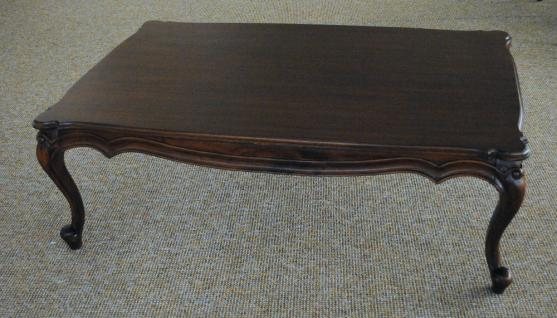 Chippendale Tisch Couchtisch massiv Mahagoni Handarbeit Farbe brown Walnuss