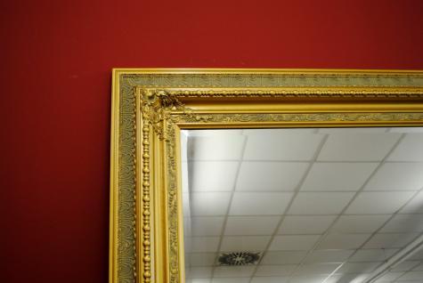 imposanter spiegel wandspiegel farbe gold mit facettenschliff 120 x 200 cm kaufen bei manfred. Black Bedroom Furniture Sets. Home Design Ideas