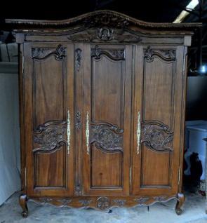 Kleiderschrank brown Walnuss Mahagoni massiv ein Traum 3 Türen