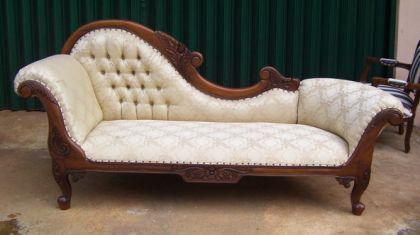 ottomane couch recamiere mahagoni kaufen bei manfred kiep einzelhandel. Black Bedroom Furniture Sets. Home Design Ideas
