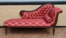 Wunderschöne Couch Recamiere Ottomane Mahagoni brown Walnuss new Sahara red
