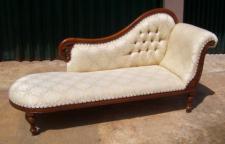 Wunderschöne Couch Recamiere Ottomane Mahagoni