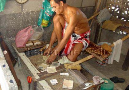 Geweihtes Blattgold 100 Blatt aus Thaitempel - Tamb - Vorschau 5