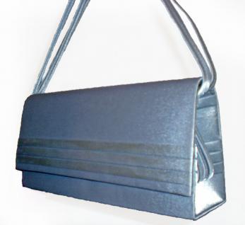 Clutch silberfarbene Abendtasche
