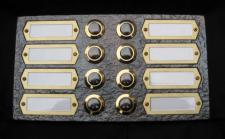Messing Aufputzklingelplatte WIEN-8 / 2-reihig, Messing Klingelschild, Aufputzklingel, Aufputz-Klingel, Aufputz-Klingelplatte, Aufputztürklingel,