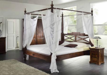 massivholz himmelbett aus akazienholz nougat mit bezugstoff weiss traumbett g nstig kaufen bei. Black Bedroom Furniture Sets. Home Design Ideas