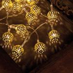 LED-Minilichterkette, 20 warmweiße LEDs, goldene Metallbälle, batteriebetrieben