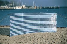 PE-Windschutz mit Abspannleinen und Erdnägel 600 x 140 cm