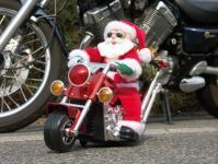 Nikolaus auf Motorrad batteriebetrieben innen