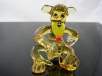 Affe gelb sitzend 1 - Glastier