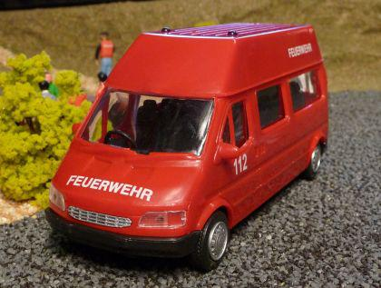 FEUERWEHR Daily Van TRANSPORTER 1:32 für Carrera Digital TOP DEKORATION