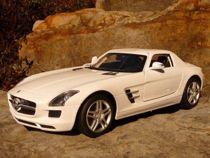 """RC Mercedes Benz SLS AMG 34cm mit LICHT """"Ferngesteuert 27MHz"""""""