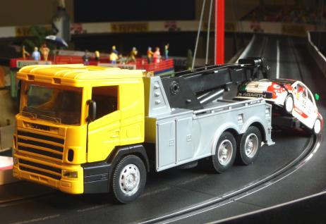 ABSCHLEPPER LKW Scania in 1:32 für Carrera TOP DEKORATION - Vorschau 3
