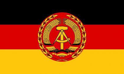 Flagge Fahne DDR NVA 90 x 150 cm - Vorschau