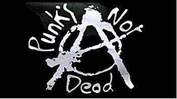 Flagge Fahne Punk's not dead 90 x 150 cm - Vorschau