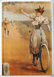 Blechpostkarte Frau auf Fahrrad