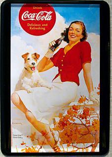 Blechpostkarte Coca Cola Girl mit Hund