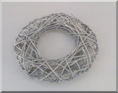Kranz rund Rattan weiß-antik 19 cm