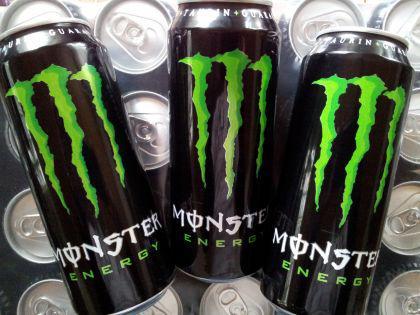 Monster-Energy 24 x 0,5 L. Dosen incl. 6,-Euro Pfand.