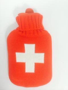 Wärmflasche Weisses Kreuz mit Strickbezug Bettflasche 1 Liter im Weiss - Rot Rollkragen Pullover
