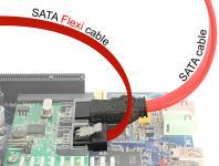 Kabel SATA FLEXI 6 Gb/s 10 cm rot Metall, Delock® [83832]