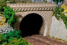 Auhagen H0 11343: 2 Tunnelportale, zweigleisig