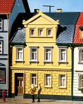 Auhagen H0, TT 12250: Wohnhaus Nr. 1