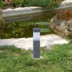 Solarleuchte in Steinoptik mit Erdspieß, Solarstick, Solarlampe, Deko, Gartendeko