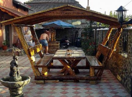 casa padrino garten pavillon rustikal mit tisch und 2 gartenb nken eiche massivholz. Black Bedroom Furniture Sets. Home Design Ideas