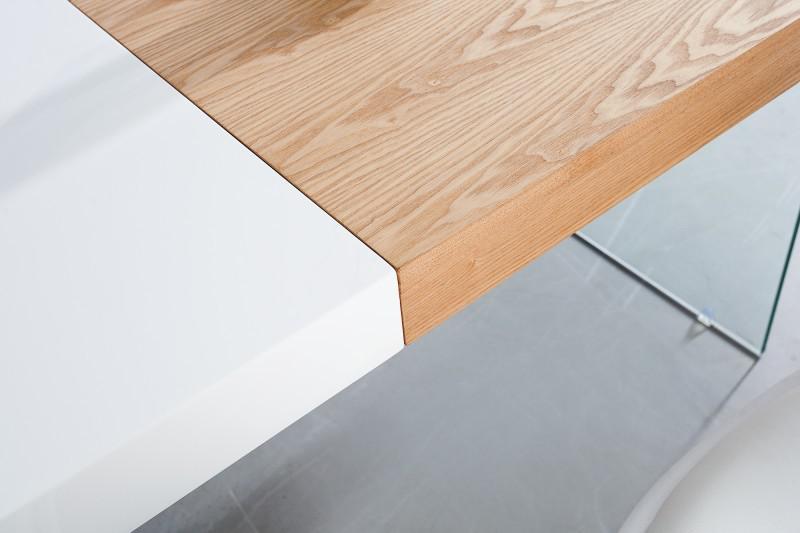 Moderner design esstisch wei hochglanz eiche furnier for Tisch design eiche
