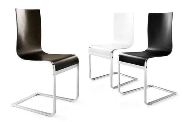 designer freischwinger stuhl aus holz und verchromtem stahl wei esszimmerstuhl moderner. Black Bedroom Furniture Sets. Home Design Ideas