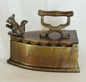 Briefbeschwerer Bügeleisen Eichhörnchen aus Metall 13cm - Vorschau 1