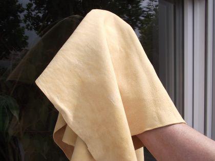 Fensterleder, Ledertuch, Autoleder - beste Chamoislederqualität ca. 60x80 cm - Tranleder
