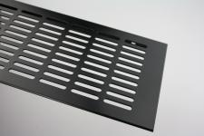 Aluminium Lüftungsgitter Stegblech - Schwarz pulverbeschichtet - Breite 130 mm - diverse Längen