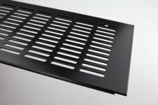 Aluminium Lüftungsgitter Stegblech - Schwarz pulverbeschichtet - Breite 150 mm - diverse Längen