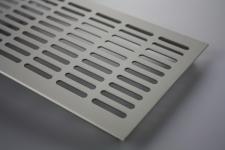 Aluminium Lüftungsgitter Stegblech Heizungsdeckel 130mm x 200mm verschiedene Farben