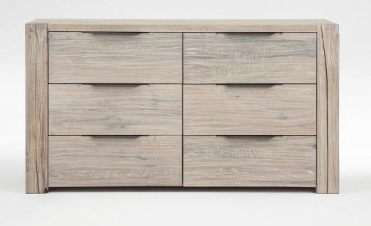 kommode sideboard balkeneiche eiche massiv white wash rustikal wuchsrisse kaufen bei saku. Black Bedroom Furniture Sets. Home Design Ideas