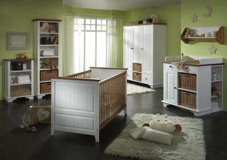 Babyzimmer Babybett Wickelkommode Schrank Regal Kiefer massiv weiß braun klassik - Vorschau 1