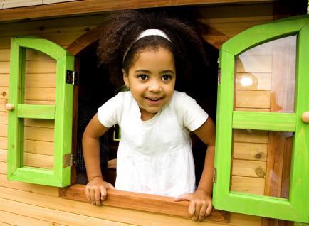 Spielhaus Holzspielhaus Hütte Spielhütte mit Veranda Zeder stabil TÜV geprüft - Vorschau 3