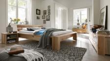 Schlafzimmer Kompletteinrichtung Bett Kommoden Eiche massiv rustikal geölt
