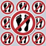 10 Aufkleber Sticker 4cm Bitte nicht mit Füßen betreten Kühlschrank Kühlfach