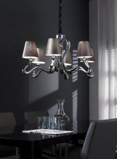 Kronleuchter mit sechs Lampenschirmen