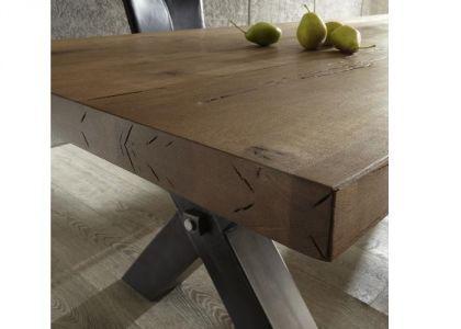 esstisch aus massiv eiche tisch im industriedesign mit einem gestell aus metall breite 280 cm. Black Bedroom Furniture Sets. Home Design Ideas
