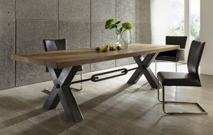 Esstisch aus massiv Eiche, Tisch im Industriedesign mit einem Gestell aus Metall, Breite 180 cm