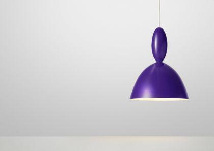 Pendelleuchte in violett