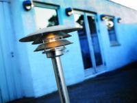 Stehleuchte Metall verzinkt PVC Outdoor 15 Jahre Anti-Rost-Garantie